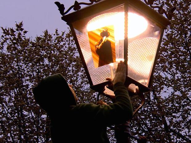 installing-tape-art-on-lamppost-promo.jpg