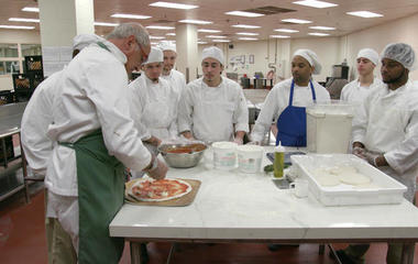 Cooking class in Cook County Jail