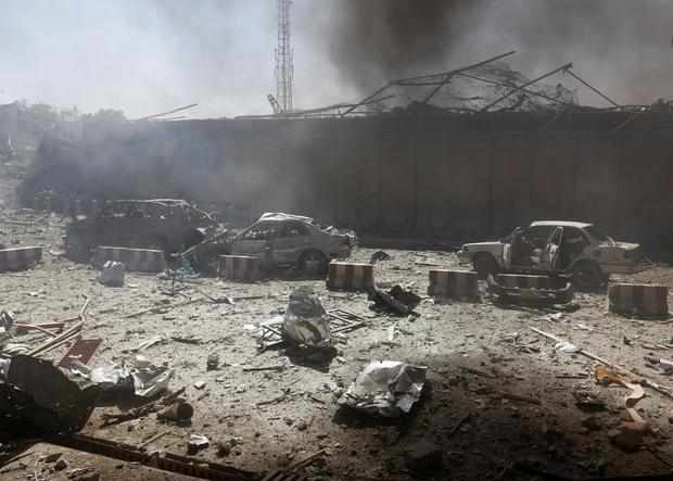 2017-05-31t070145z-1951989307-rc14612671c0-rtrmadp-3-afghanistan-blast.jpg