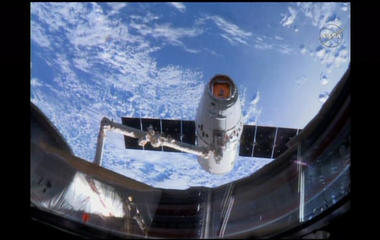 Watch:  SpaceX Dragon docks with space station