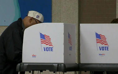States resist commission's voter data request