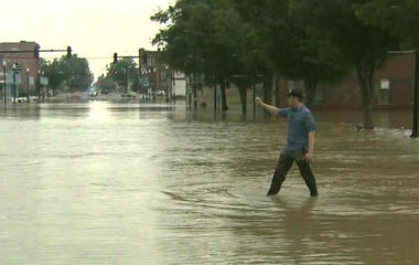 Storms bring flooding emergencies in Midwest