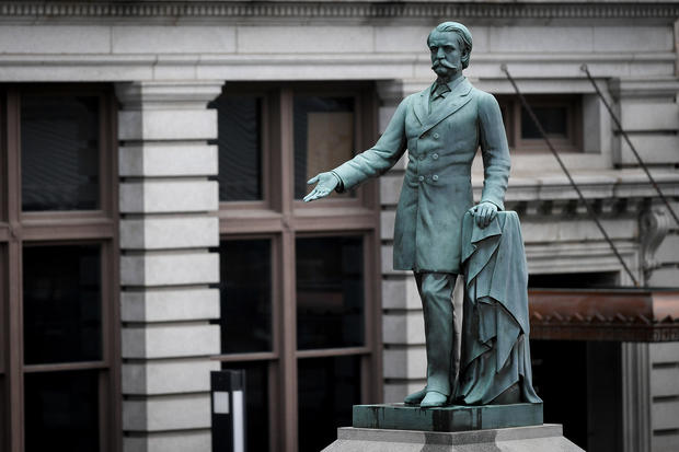 A monument to former U.S. Vice President and Confederate General John Cabell Breckinridge stands outside the Old Courthouse in Lexington