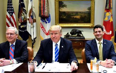 President Trump criticizes Ryan, McConnell on Twitter