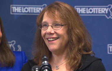 Woman claims largest Powerball jackpot won with single ticket