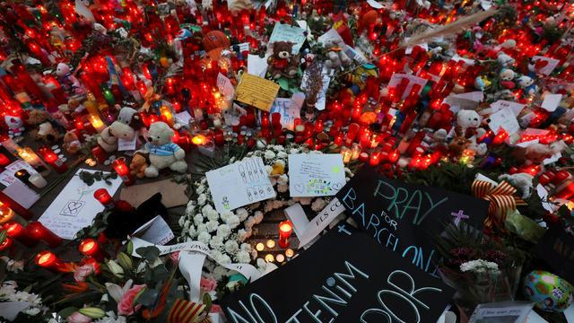 An impromptu memorial is seen where a van crashed into pedestrians at Las Ramblas in Barcelona