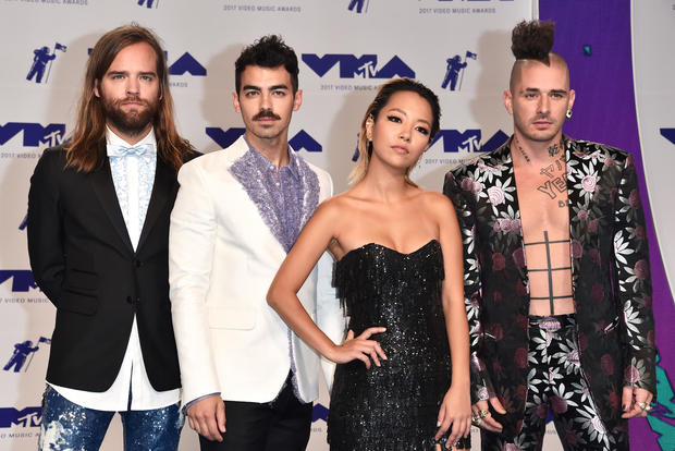 MTV VMAs 2017: Red carpet arrivals