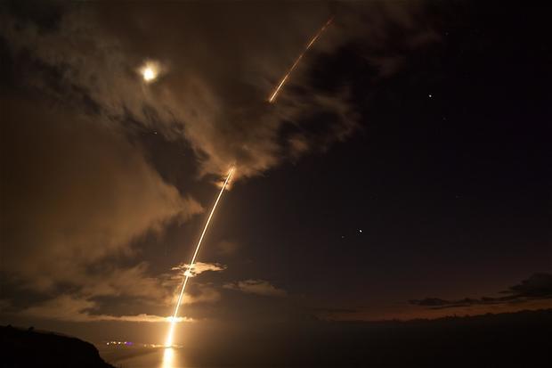 us-anti-missile-missile-test.jpg
