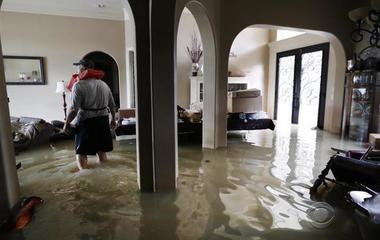 Majority of Harvey flood victims don't have flood insurance, expert says