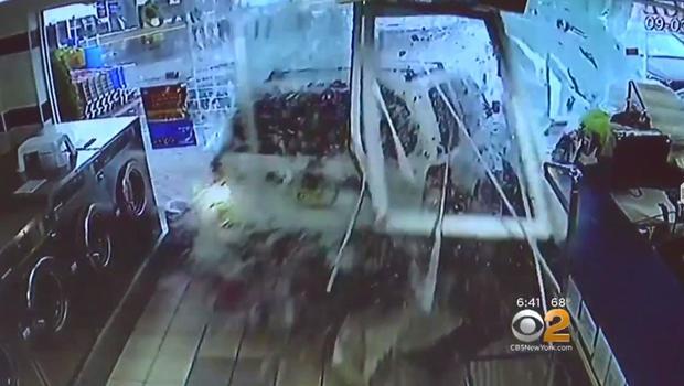 Staten Island Laundromat  Hours