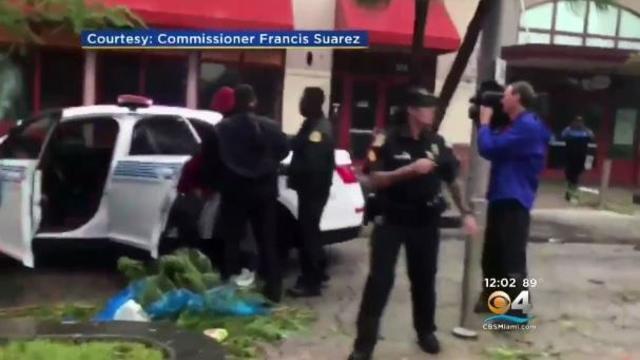 170912-cbs-miami-looting-arrest.jpg