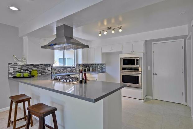 170913-sunnvale-home-listing-02.jpg
