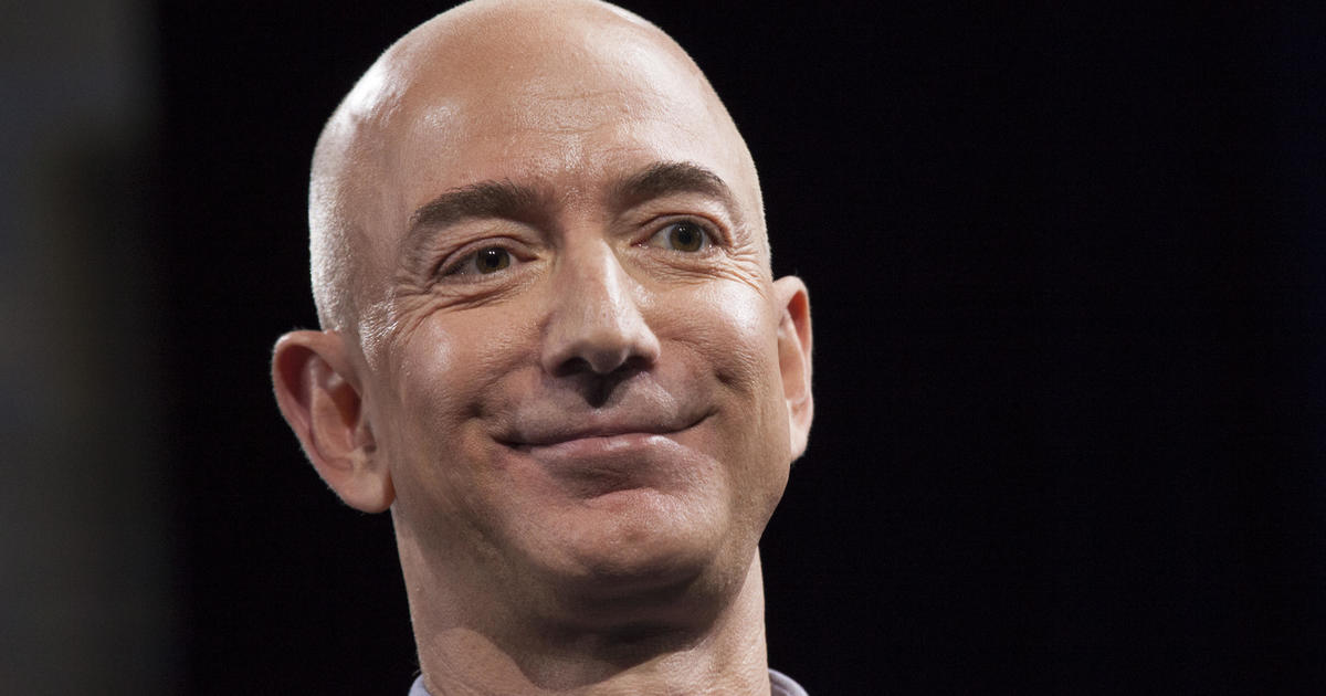 Jeff Bezos moves to top spot on Forbes' annual billionaires list
