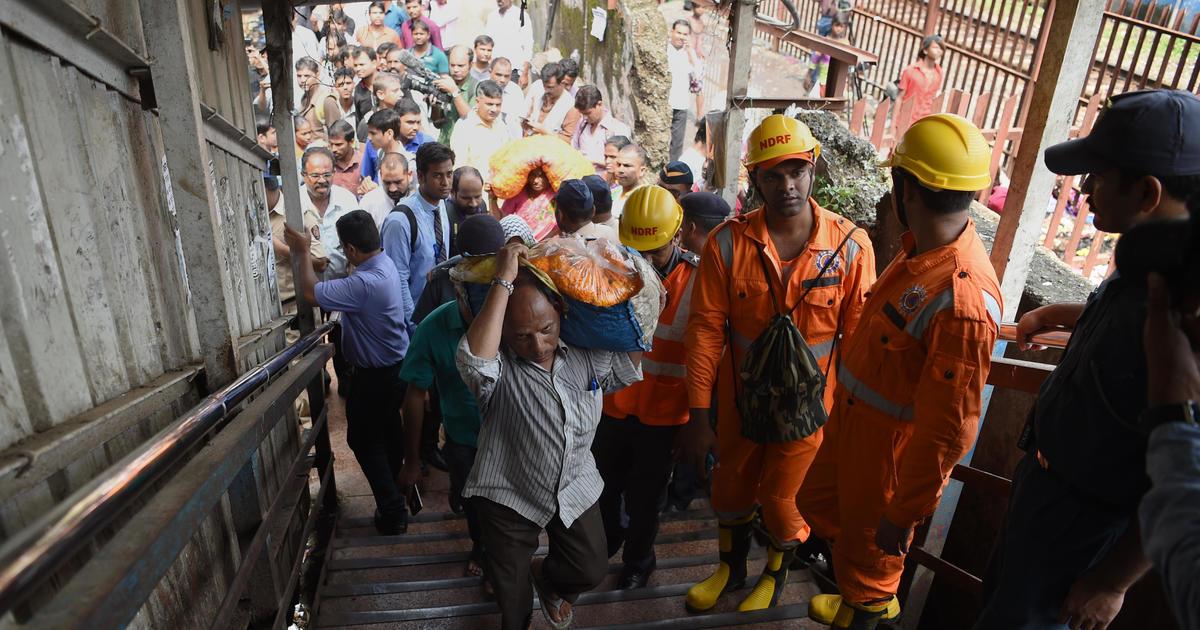 Mumbai Stampede On Bridge At Prabhadevi Railway Station In