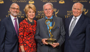 Charles Osgood receives Lifetime Achievement Award