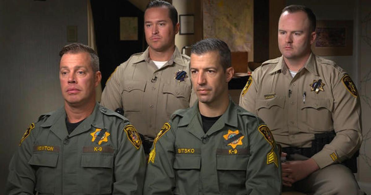 Officers describe body of Las Vegas shooter