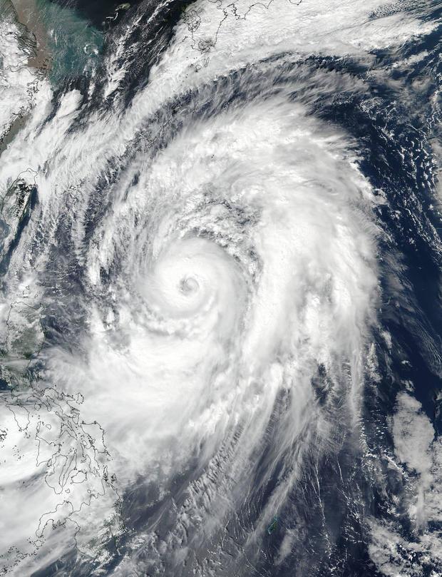 typhoon-lan-japan-2017-10-20.jpg