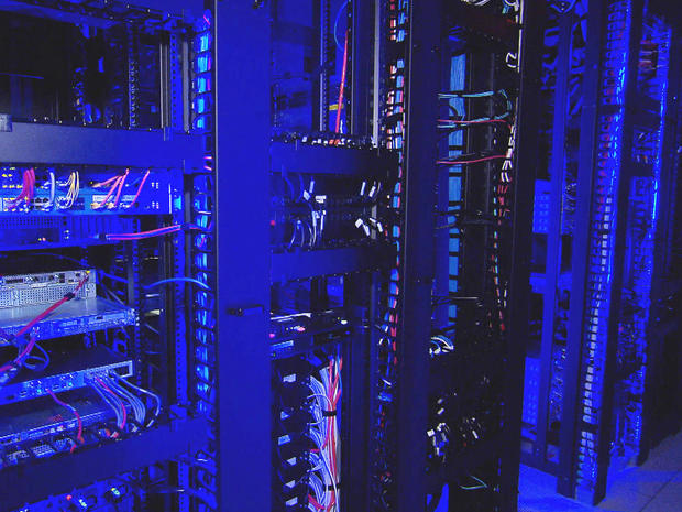 cloud-computing-ragingwire-data-center-003-promo.jpg