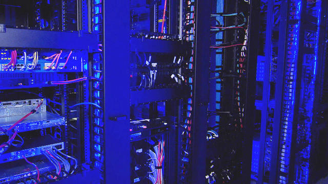 cloud-computing-ragingwire-data-center-003-promo.jpg