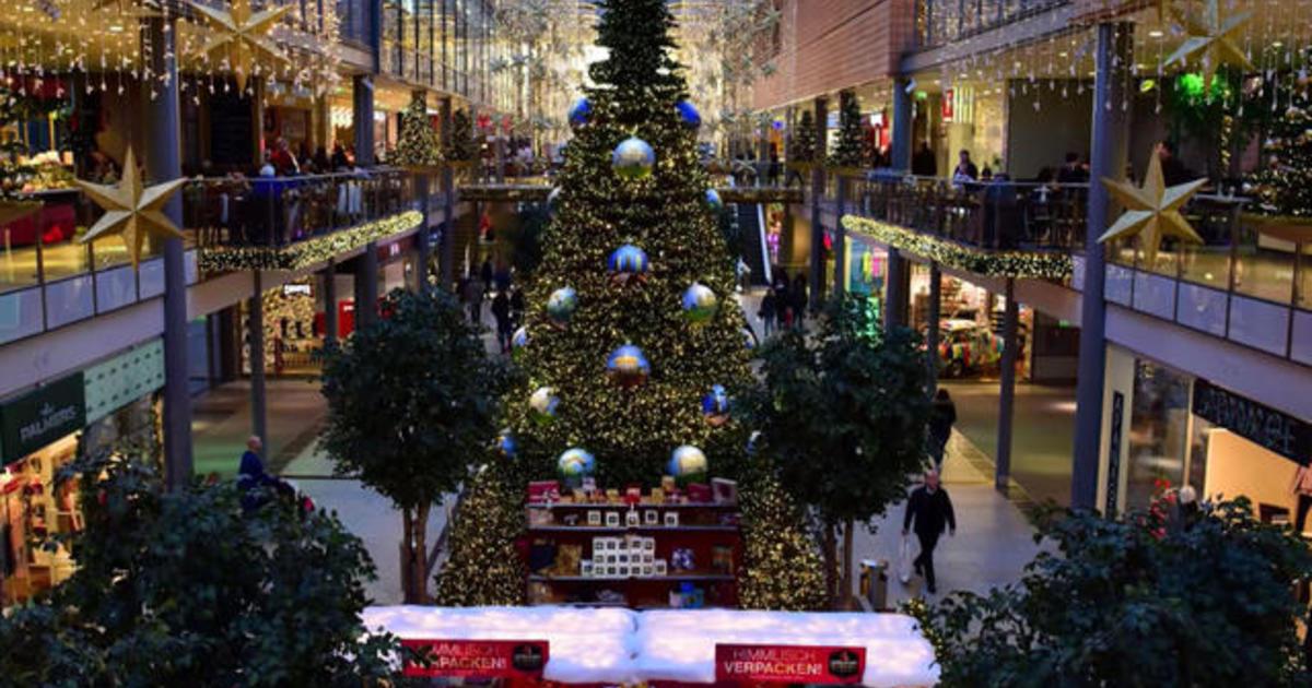 Christmas music may take mental toll, psychologist says - CBS News