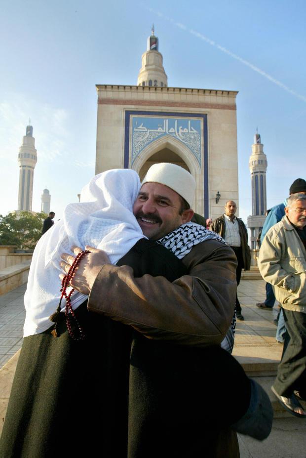 Sunni Muslims wish each other happy Eid