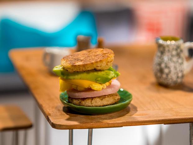 tiny-food-breakfast-sandwich.jpg