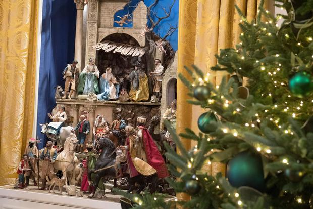 nativity scene white house christmas 2017 pictures cbs news