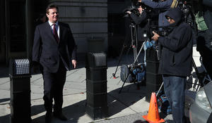 Judge issues final warning to Manafort, Gates in conspiracy, money laundering case
