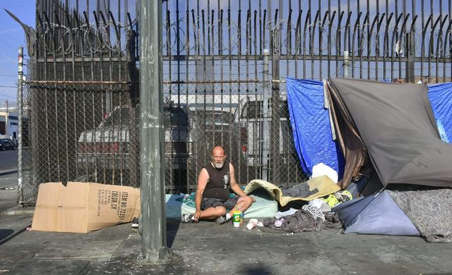 Los Angeles' Skid Row - Homeless crisis on the West Coast