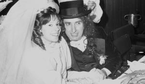 Tiny Tim marries Miss Vicki
