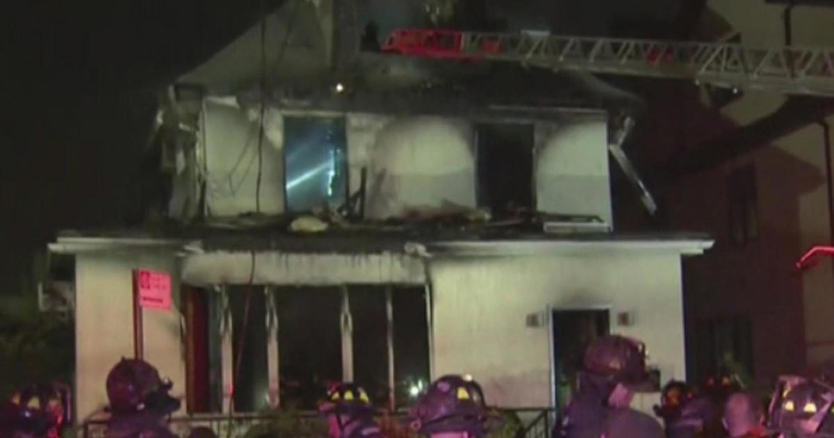 Mother 3 Of Her Kids Killed In Brooklyn House Fire Cbs News