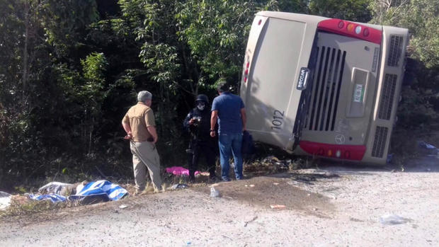 171219-tvazteca-bus-crash-01.jpg