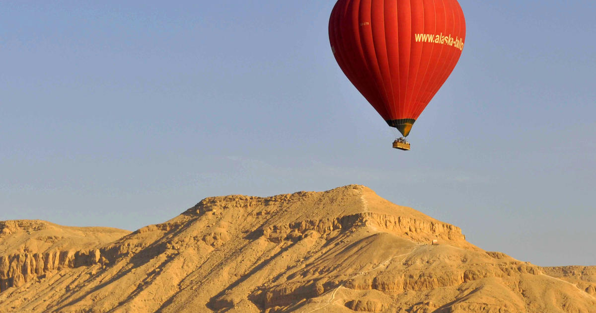 Tourist hot air balloon in deadly crash in Egypt