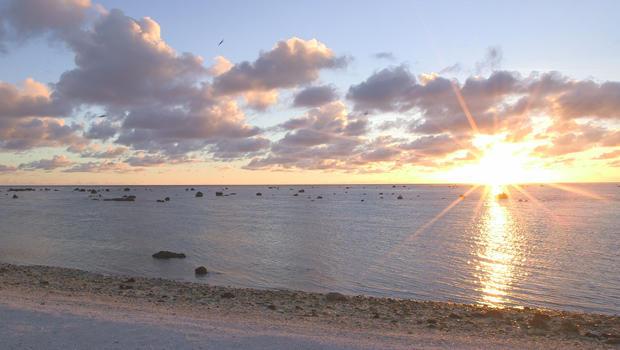 wake-island-atoll-sunrise-b-620.jpg