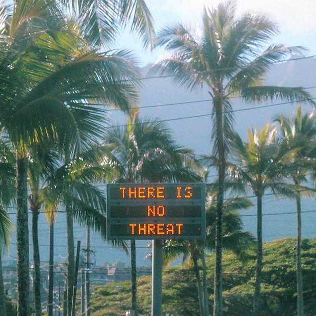 An electronic sign reads There is no hazard in Oahu, Hawaii, U.S.