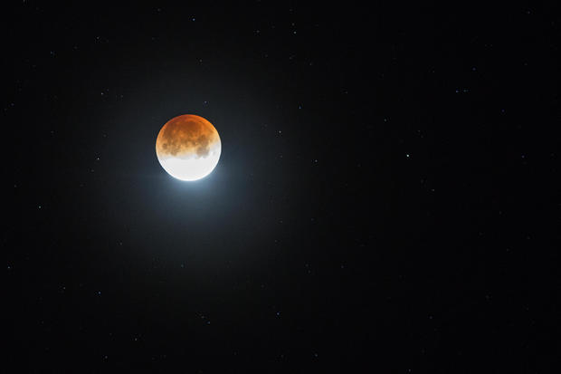 "Rare ""Super Blue Blood Moon"" Makes Appearance On U.S. West Coast"