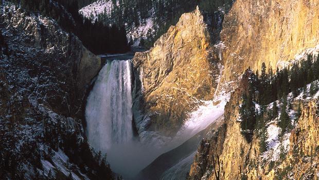 lower-falls-yellowstone-national-park-verne-lehmberg-620.jpg