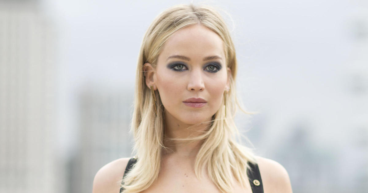 Jennifer Lawrence Not Sure If She Will Talk To Ryan -9104