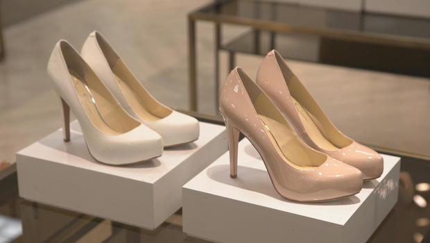 fa33d955b648 High-heeled shoe sales fall flat as women shift priority to comfort ...