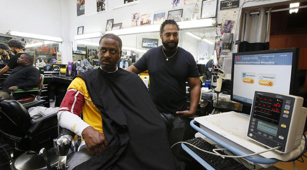 CORRECTION Black Barber Blood Pressure