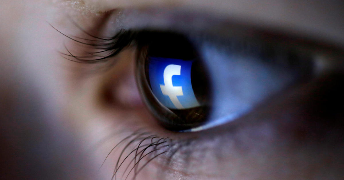 Facebook removes more than 800 political accounts and pages