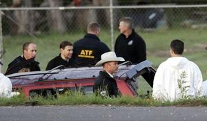 Investigators search for more bombs possibly left by Austin bombing suspect