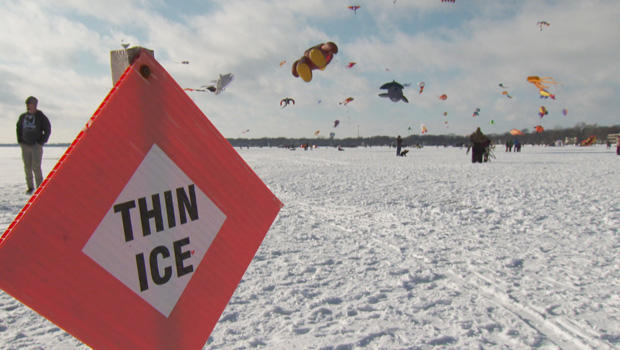 color-the-wind-kite-festival-clear-lake-iowa-thin-ice-620.jpg