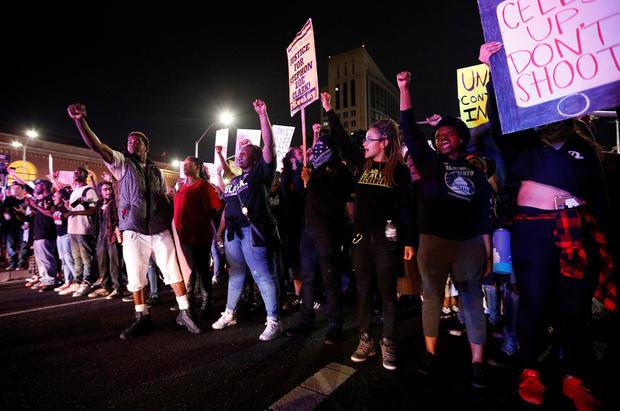 Protesters protest Stephon Clark's police work in Sacramento