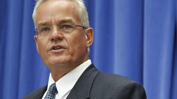 Pastor Bill Hybels Steps Down From Willow Creek Megachurch Following Misconduct Allegations