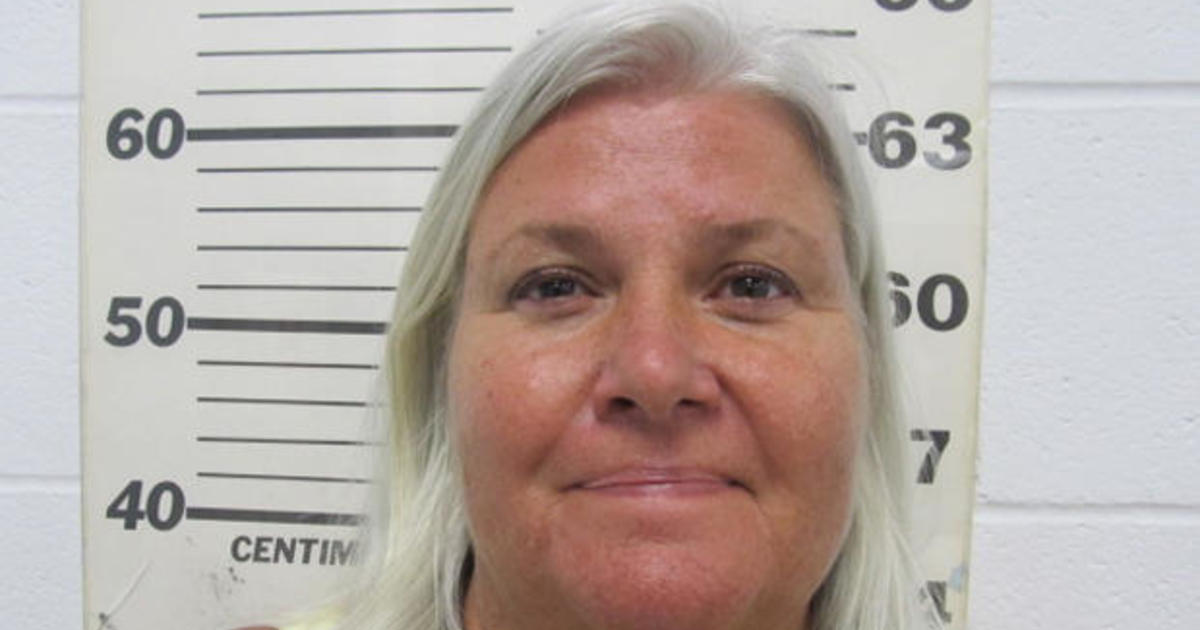 Lois Riess arrested: Fugitive grandma from Blooming Prairie