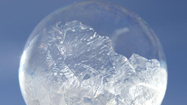 frozen-soap-bubble-2-620-becca-wood-b-wood-photography-b70r9373.jpg