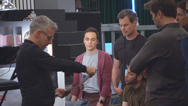 boys-in-the-band-director-joe-mantello-with-cast-620.jpg