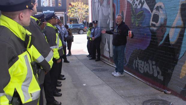 dc-police-bias-training-bernard-demczuk-leads-tour-620.jpg