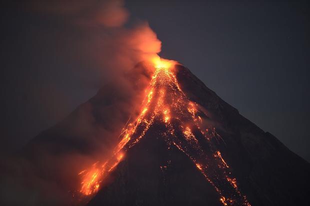 Dangerous volcanoes around the world